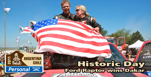 Darren Skilton and Sue Mead celebrate their Dakar Victory in the Ford Raptor