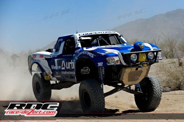 4 wheel overall winner Arturo Alvarez