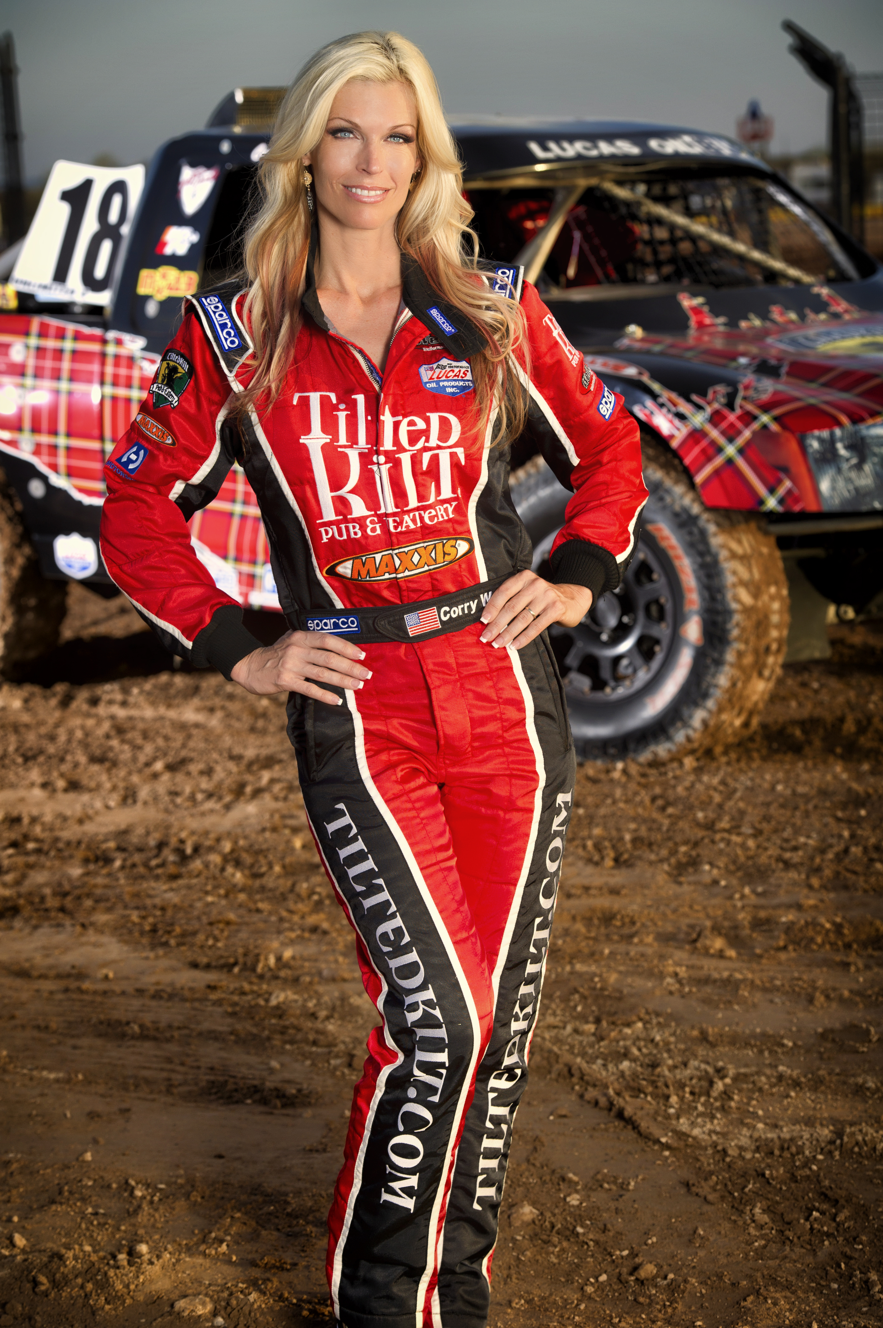 Corry Weller/Tilted Kilt Go Big at Lake Elsinore w/LOORRS ...