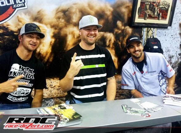 Off Road Drivers signed autographs all weekend!