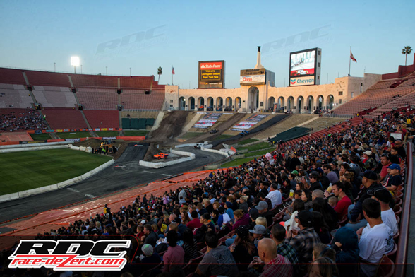 The crowd at Stadium Super Trucks is growing!