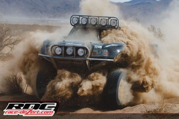 7200 truck blasting through silt at the 2012 Mint 400, the first event after the Martelli Brother's took over