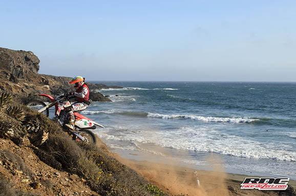 2013-baja-beach-bash-day1-race-dezert06