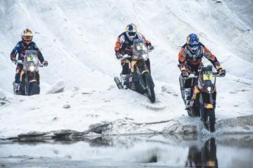 Red Bull Desert Wing riders Dakar PR