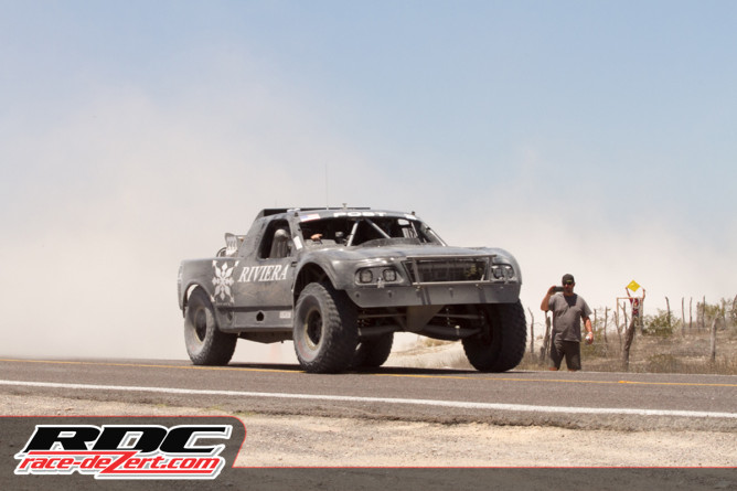 2015-NORRA-Mexican-1000-Day-3-Riviera-Racing