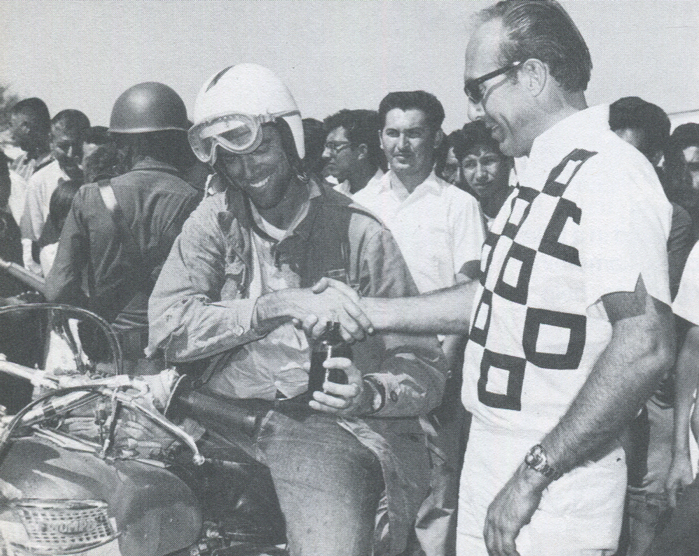 John Barnes shared ride with Dick Hansen. Had race for most of distance, lost lead when he couldn't find checkpoint personnel at Villa Constitucion. (Image Intl. Photo)