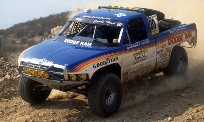 old-trophy-truck-02
