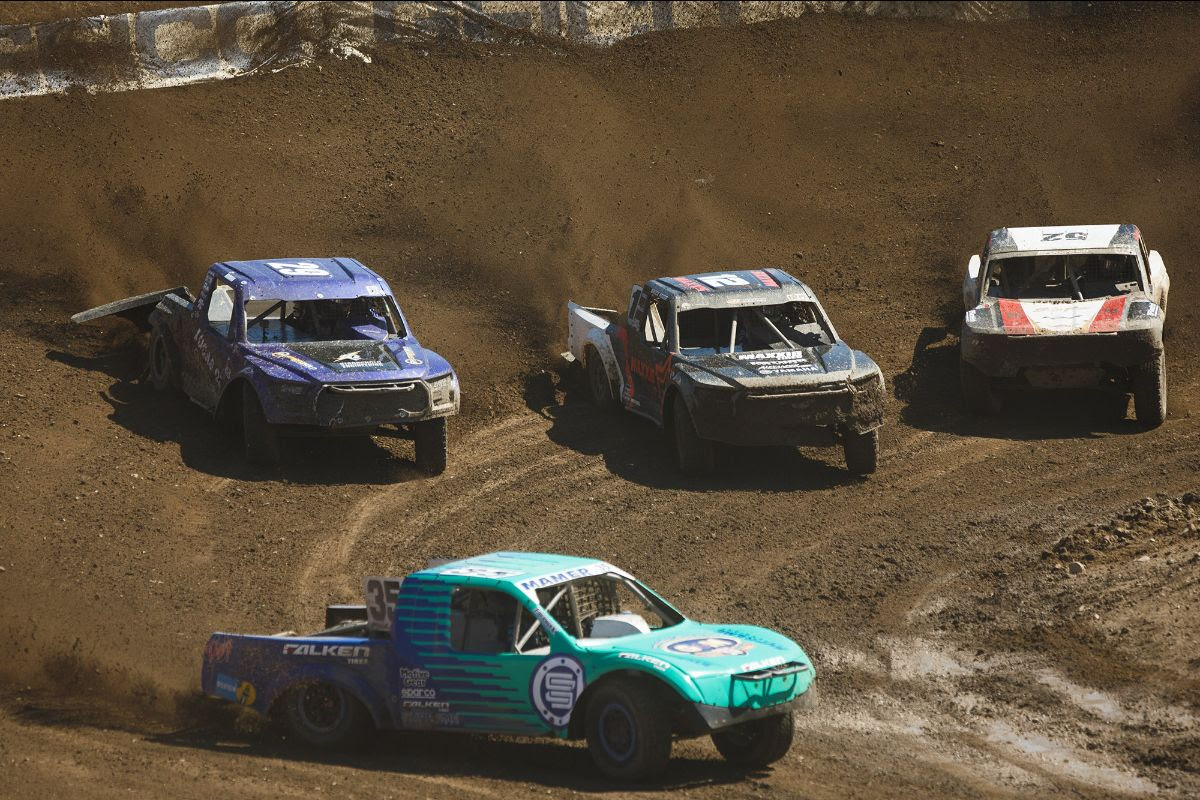 Cole Mamer (35) held off all challengers to take his first win of the season on Sunday. Photo: Lucas Oil Off Road Racing Series