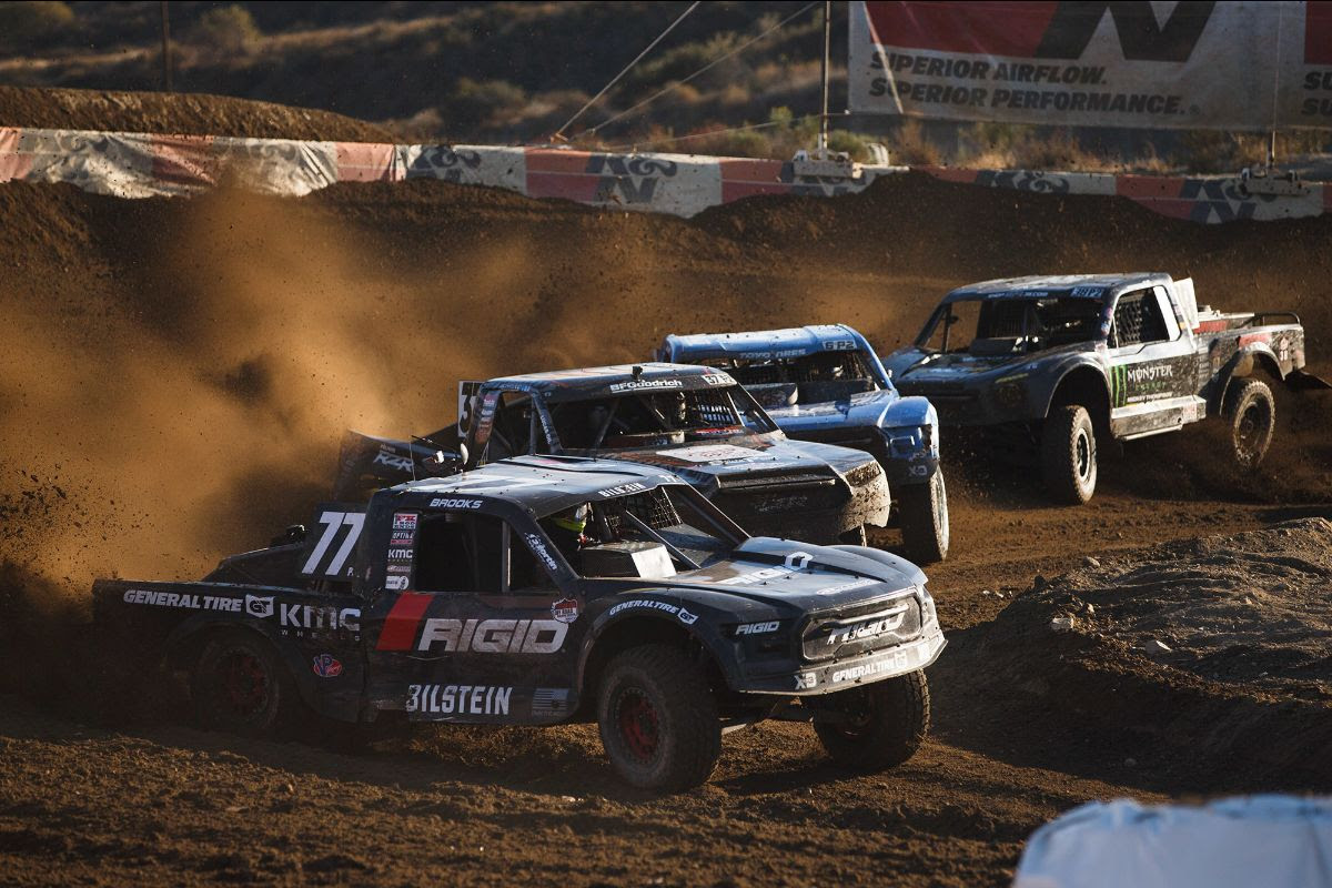 Jerett Brooks (77) will begin defense of his Pro 2 title this weekend at Glen Helen. Photo: Lucas Oil Off Road Racing Series