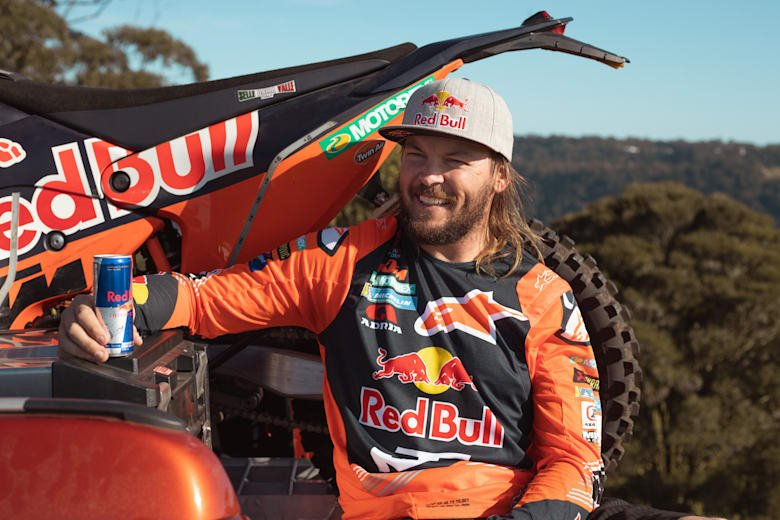 Toby Price taking a moment between training in Queensland, Australia. © Red Bull Content Pool